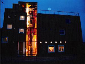 werk-glas-04-huis-met-maan